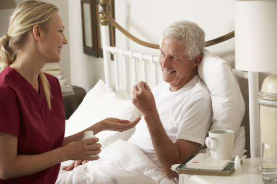 choosing-between-home-care-and-assisted-living