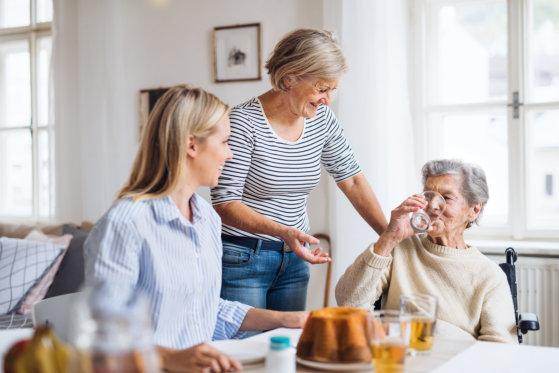 7 Tips: Ensuring Medication Intake Safety for Seniors